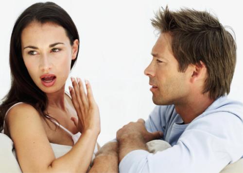 Женщина говорит нет мужчине